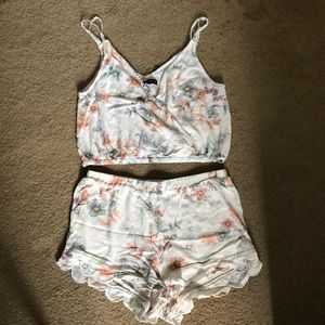 Kendall & Kylie two piece set